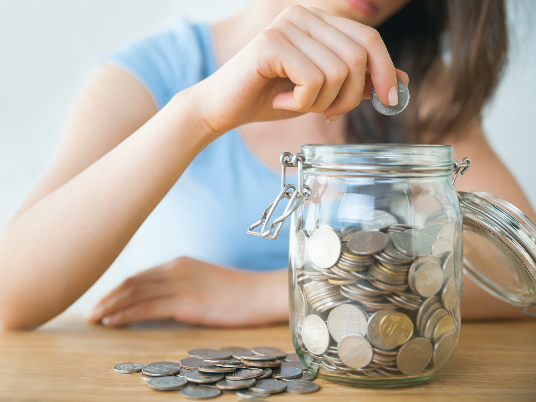 10 Top Tips to Save Money at Home
